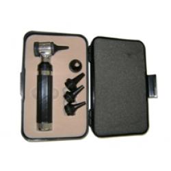 Otoscópio com espéculos de vários calibres